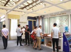 上海墙布展:七特丽墙布打破黑白灰,给你清幽静美的多彩生活——展会现场