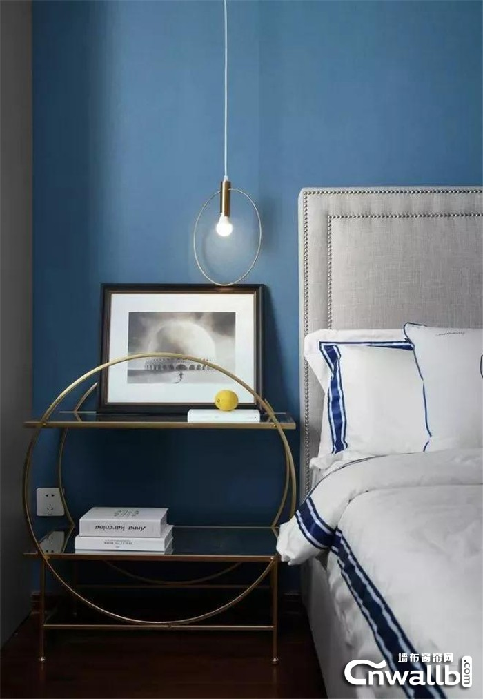 为墙面增添一点淡雅的蓝色会有多惊艳?一起随朵薇拉看看吧
