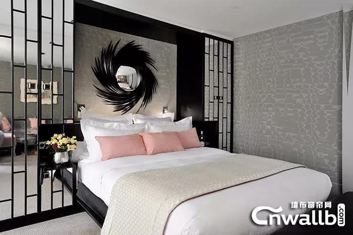 蝶绣墙布高级灰+粉色,给你满满的惊艳感!