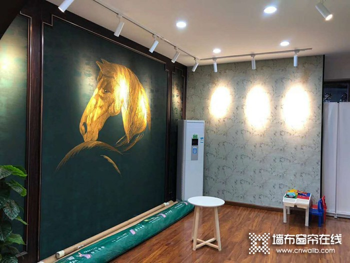 丽绣刺绣墙布河南南阳西峡专卖店